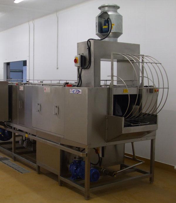 Industrial Washing Machine ~ Industrial washing machines from oliver douglas trayline